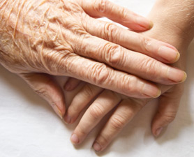 why hands wrinkle in winter